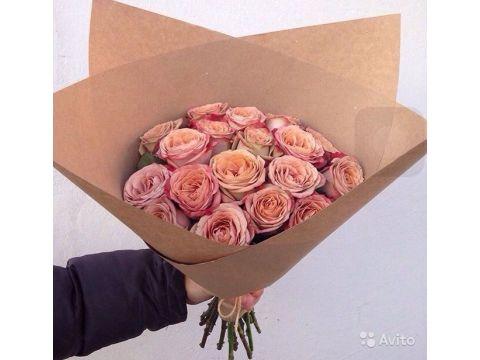51 роза цвета капучино