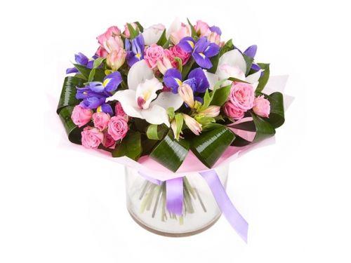 Букет 3 лилии, 5 роз, 9 ирисов
