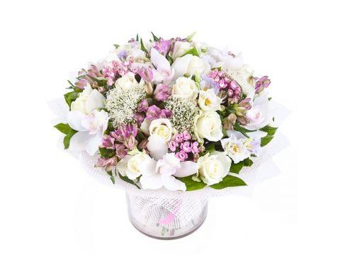 Букет орхидеи, розы, альстромерии