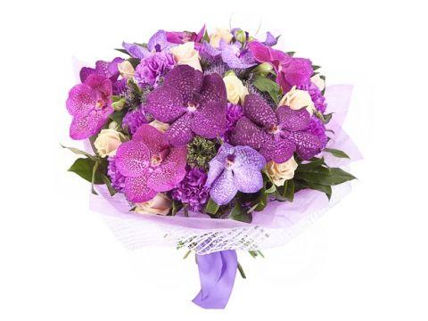 Букет из королевских орхидей и роз