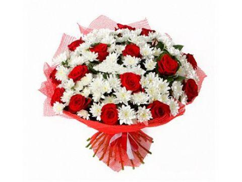 Букет 20 роз, 29 хризантем