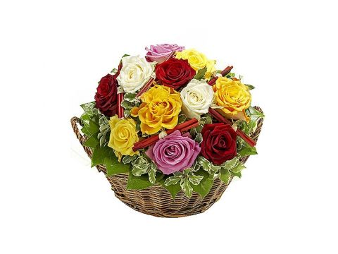 Корзина 21 разноцветная роза