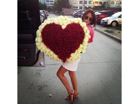 201 Роза в виде сердца (Все цвета)