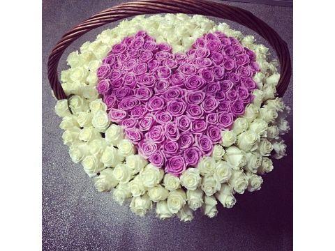201 роза в форме сердца в корзине