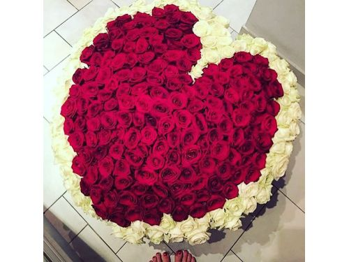 333 розы в Форме сердца в Корзине