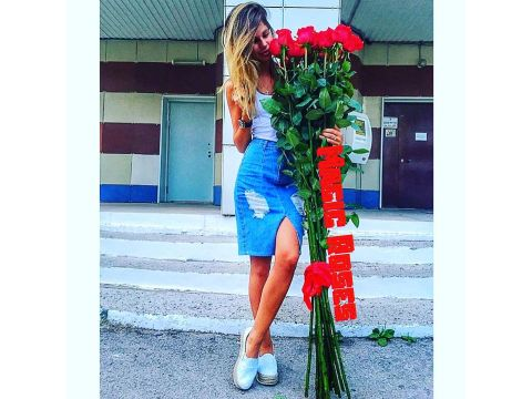 15 роз гигантов 170 см