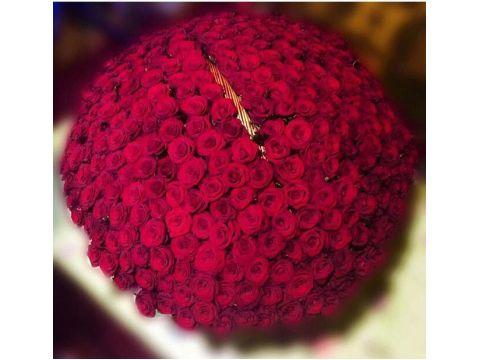 301 роза  в корзине