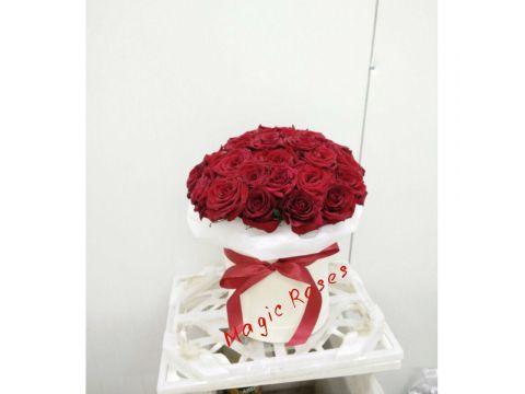 39 роз в шляпной коробке