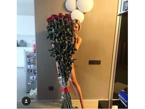 39 высоких роз
